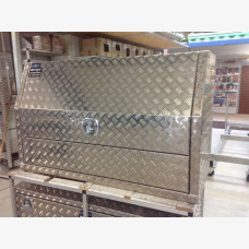 Front Opening Tread Plate Box 1700mm x 600mm x 850mm(H) 2 Door
